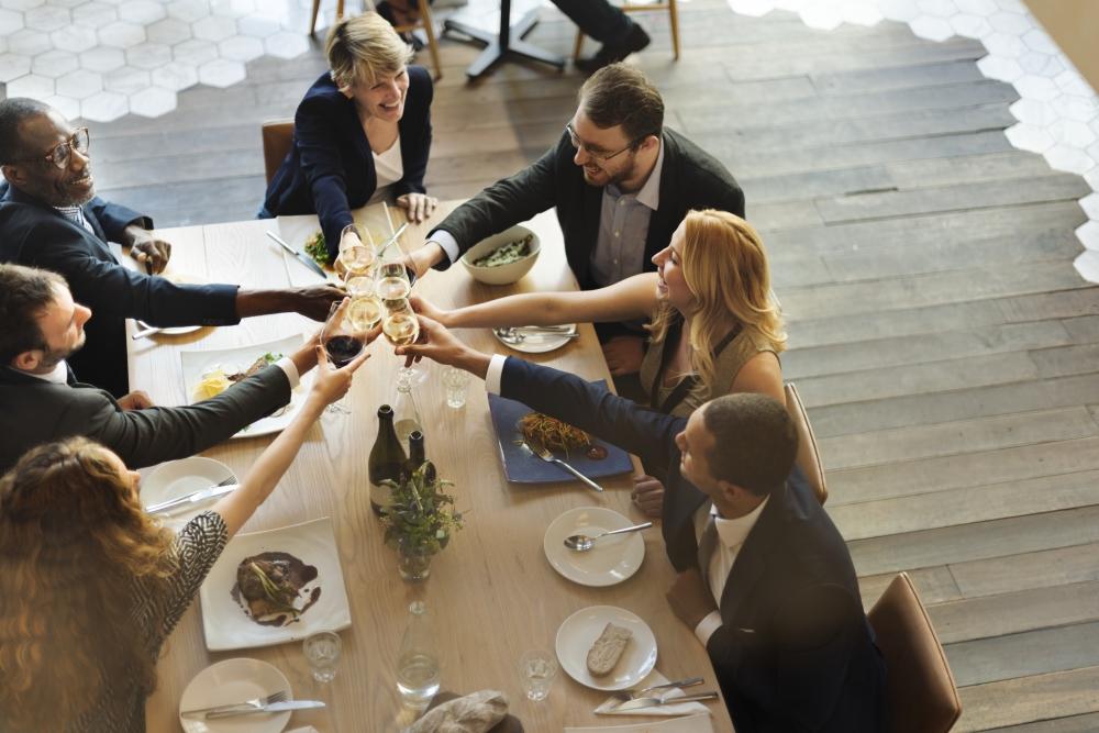 Celebra tu comida o cena de empresa en La Xerna del Mar