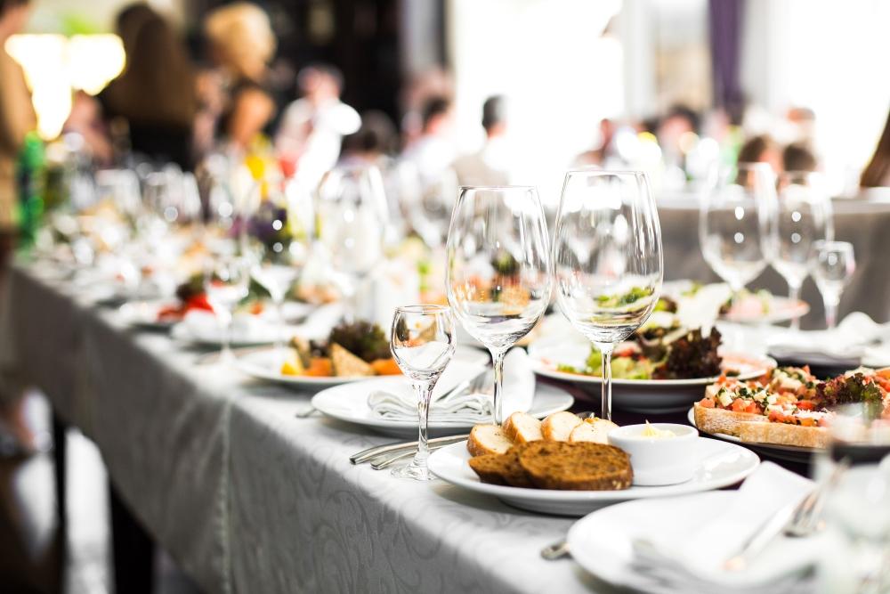 Celebra con nosotros tus comidas y cenas de empresa