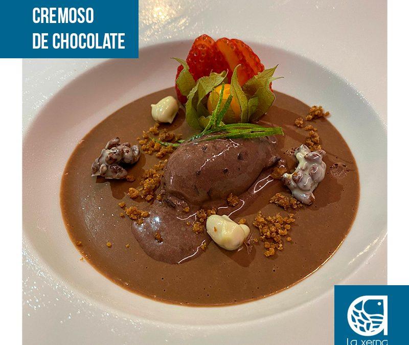 cremoso-de-chocolate-con-varias-texturas